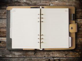 紙の手帳で仕事能率アップ! 手帳の選び方も紹介!