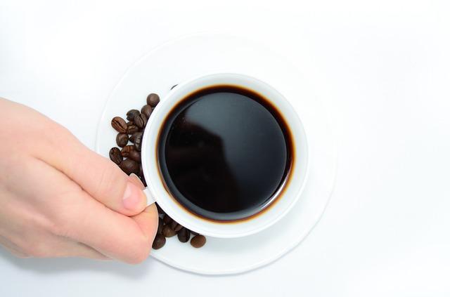 ビジネスパーソンがコーヒーを好きな理由。カフェイン以外にも意外な効果が・・