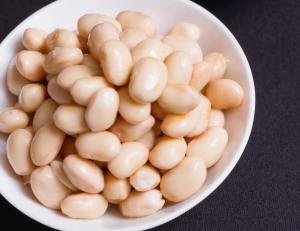 大豆で基礎代謝と女性ホルモンの両方をカバー