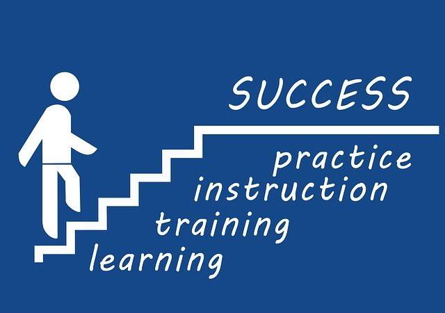 出来るビジネスパーソンから学ぶ。転職編~何に注目してキャリアチェンジするか 4つのポイント。