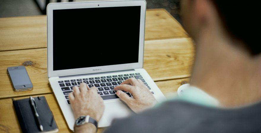ビジネスパーソンなら最低限知っておくべきパソコンの基礎知識