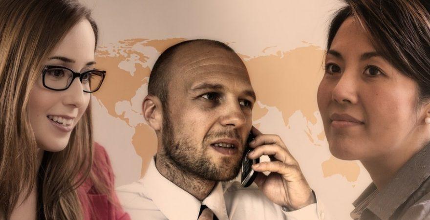 外国人の同僚とどう付き合う?