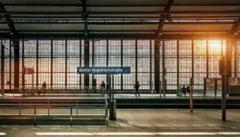 満員電車を避ける方法とそのメリットとは?